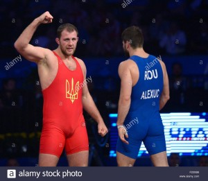 epa04919617-dmitriy-timchenko-of-ukraine-red-reacts-after-defeating-f23xb6